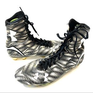 UNDER ARMOUR  men's football cleats size 11.5